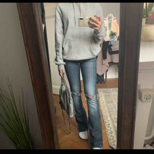 Bootcut jeans från Crocker❣️ För mer info kolla andra den andra jag lagt upp:)