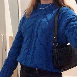 Så fin kabelstickad tröja från h&m! Köparen står för frakten!