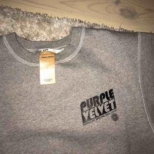Världens skönaste sweater från eytys. Köpt på en outlet som present men passade inte så måste tyvärr sälja den. Unisex och storlek S, köpt utan prislapp och har endast testats en gång😊 Nypris 1700kr