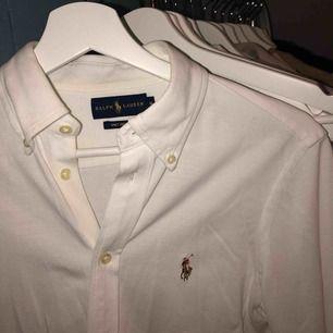 Äkta Ralph Lauren skjorta, originalpris 1000kr