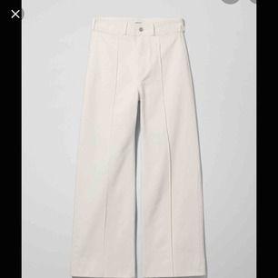 Vita jeans från weekday. Orginalpris: 500kr