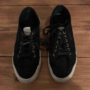 Gant skor storlek 38, använda få gånger!!