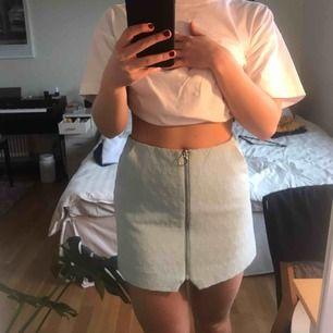 Ljusblå kjol från Topshop 🦋 Storlek 38 🦋 Frakt 44kr