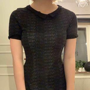 Tight klänning från H&M. Strl 36 men sitter som en XS. Köparen står för frakt men kan mötas upp i Karlskoga/Örebro
