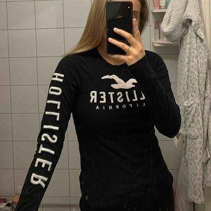 Superskön tröja från hollister, knappt använd