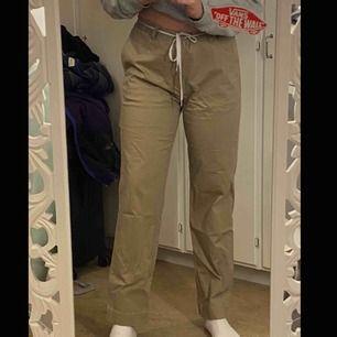 As balla kostym byxor, jag är 178 och har oftast M