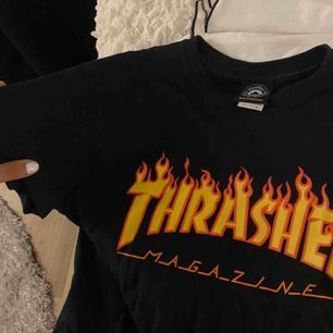Svart thrasher tshirt || används inte längre || storlek S || fint skick men använd en del || säljer för 220kr + fraktkostnad📍