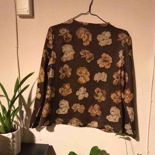 Superfin vintage/retro långärmad tröja i stl M!