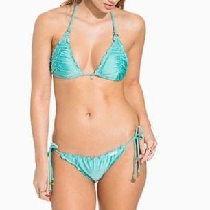 Superfin bikini med härlig färg endast använd en gång