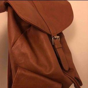 Brun ryggsäck