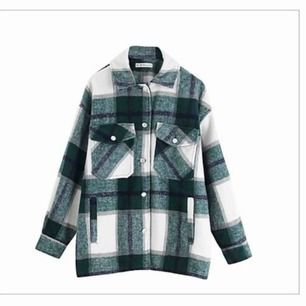 Säljer denna populära jacka liknande den från zara men denna är dock från byAnastasia🥰