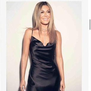 SÖKER DENNA I xs eller s!! Kan till å med betala överpris om någon är villig att sälja denna klänning. Hör av er!