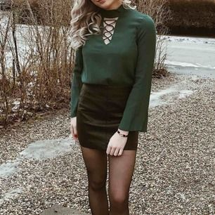 H&M kläder, Skinnkjol och topp i small, i fint skick!