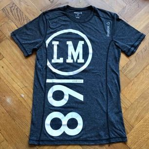 T-shirt från Reebok. Bra skick!!