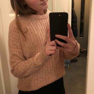 Rosa stickad tröja från Abercromblie & Fitch💓köparen står för frakten