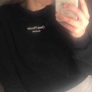 Jättefin ny cheapmonday tröja, aldrig använd.
