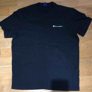 Champion t shirt condition 7/10
