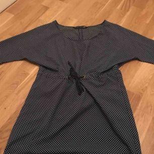 Tunika/ klänning från Zara.