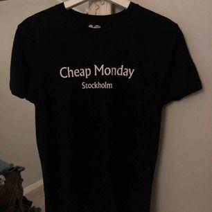 Säljer en oanvänd T-shirt från Cheap Monday, tyvärr ingen prislapp kvar.