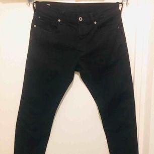 G-star 3301 Slim Fit Jeans. Helt ny, endast provat byxorna. Kan levereras till dörr