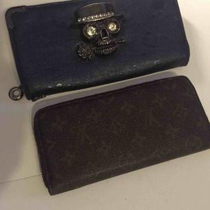 Louis Vuitton plånbok  350 :- (bra kopia) Goth plånbok 250 :- Båda för  500 :-❤️
