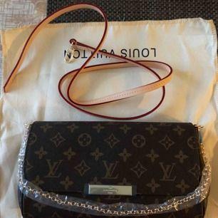 Ny och oanvänd Louis vuitton väska i äkta läder. AA kopia.