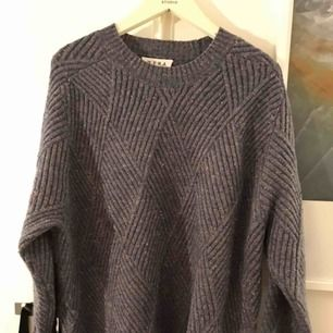 Underbar stickad tröja från Wera. Storlek L. Använd en gång. Som ny.