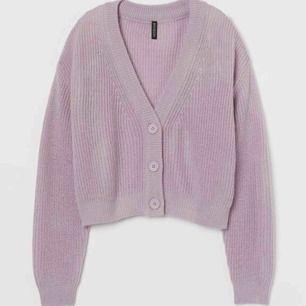 Superfin kofta/tröja från H&M divided💜💕💜 Helt ny, endast testad🦋💜