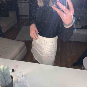Suuuuper snygg kjol nu till sommaren💗 Säljer pga att jag behöver $$🤓✌🏼