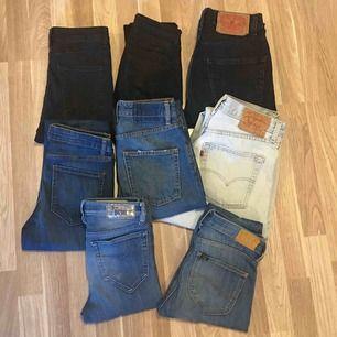Säljer massa jeans, kolla in min profil eller kontakta mig för mer information💕