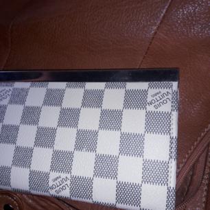 Snygg plånbok.fint skick