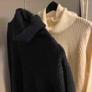 Super fina stickade tröjor med polokrage ifrån jacqueline de yong (säljer båda för 250kr)