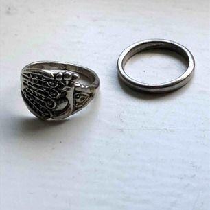ringar, den smala 19 mm, den stora 20 mm 45kr för båda, säljs inte separat! frakt 13kr✨