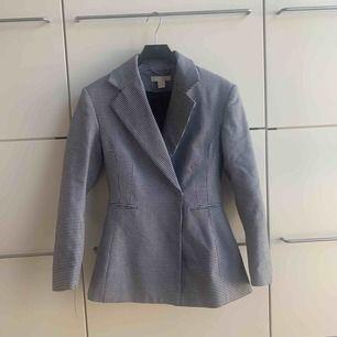 Jättefin helt oanvänd kappa! Perfekt jacka till våren!🌸☀️