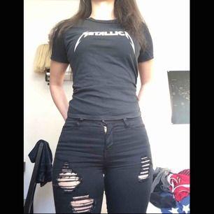 Metallica topp från h&m. Använt nåra ggr🖤