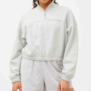 Säljer denna fina tröja från weekday, använd Max 3 gånger. FRAKT INGÅR!!