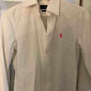 Ralph Lauren skjorta. Använt några gånger.