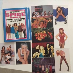 Nostalgi! Äkta Spice Girls bilder från 90-talet, samt ett samlaralbum som man kan sätta in bilderna i. Säljer endast alla tillsammans ✨frakt 44 kr ✨