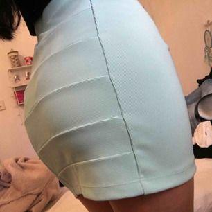 blå kjol köpt här på plick som inte har kommit till användning☺️ dm vid intresse🥰