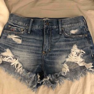 Hollister shorts i storlek 26