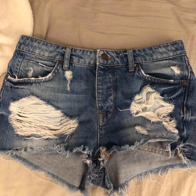 Shorts från Ullared i storlek 36. Shorts.
