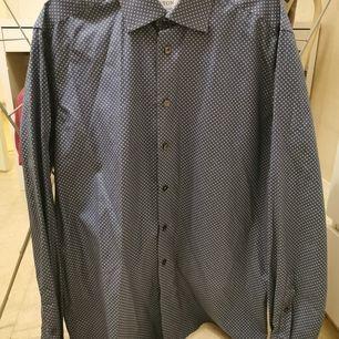 Aldrig använd skjorta från ETON. Frakt tillkommer