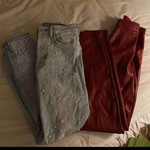 Säljer olika byxor från olika märken.   Skriv till mig om ni är intresserade av några så skickar jag fler bilder om du vill och vi diskuterar fram ett pris. 🥰 (Två par byxor är från zara, de andra är från hm och crocker.)