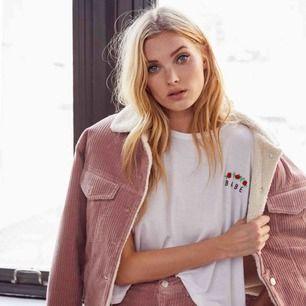 Säljer min jacka från Elsa Hosk x Bikbok