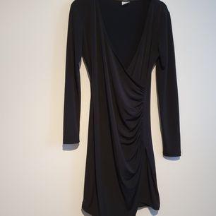 Superfin klänning storlek xs. Finns i Märsta :)