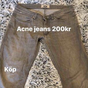 Acne jeans, as najs byxor fett värt 200kr önskar jag kunde använda dom💧😋