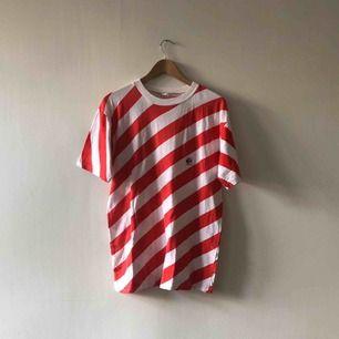 Svensktillverkad vintage T-shirt - 80-tal - Kan hämtas i Uppsala eller skickas mot fraktkostnad