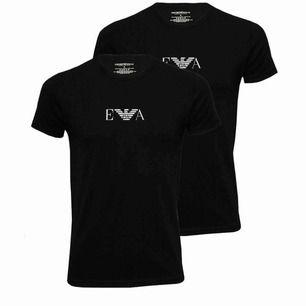Säljer även denna Armani t-T-shirten, den har inte kommit till användning alls. Väldigt pösigt material, sitter inte så tajt(som är ganska skönt) köparen står för frakten.