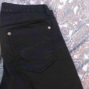 Ett par jeans som är jätte fina och är i bra skick.