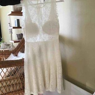 Passar s/xs  Fin klänning